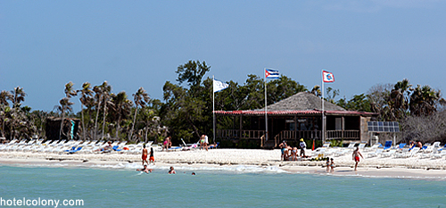 Hotel El Colony Beach
