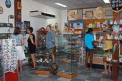 Hotel El Colony Shop