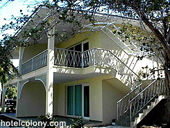 Hotel El Colony Bungalow